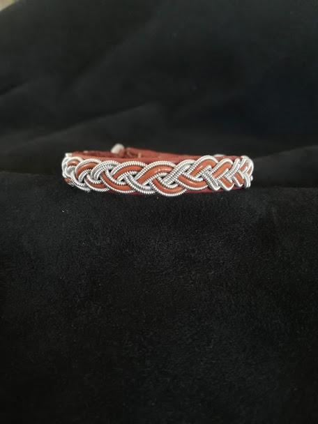 Salmon Sami Bracelets by bLeoZ
