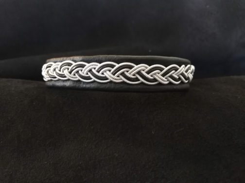 Salmon Sami Bracelets by bLeoZ 1