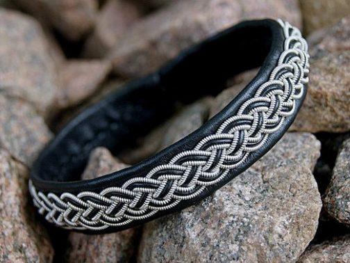 Northern Light Sami Bracelets by bLeoZ
